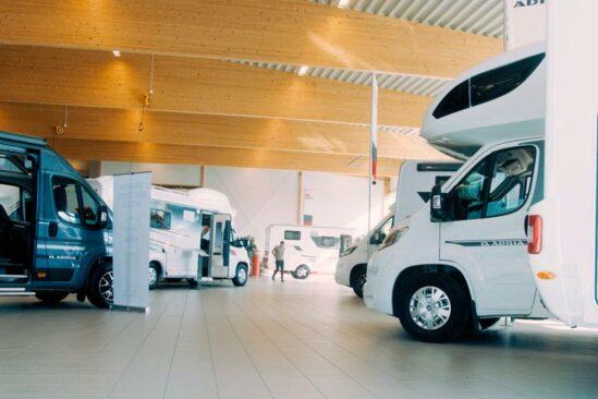 Husbilar och husvagnar i uppsala