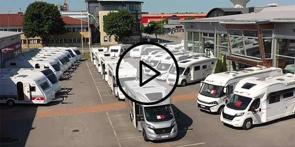 Visning av husbilar och husvagnar i Uppsala